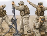 Расчет 81-мм миномета М252 Корпуса морской пехоты. 00423 Trumpeter 1:35