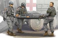 Команда скорой помощи с носилками. 00430 Trumpeter 1:35