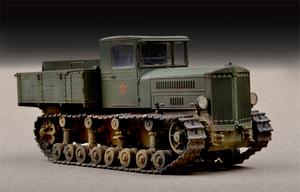 Коминтерн артиллерийский тягач. 07120 Trumpeter 1:72