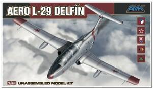 Aero L-29 Delfin (Л-29 Дельфин) учебно-тренировочный самолет - 88002 AMK 1:48