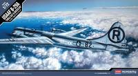 Б-29А «Энола Гей» (USAAF B-29A Enola Gay and Bockscar) стратегический бомбардировщик ВВС США. 12528 Academy 1:72