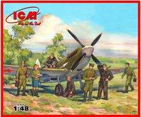 Спитфайр LF IXe истребитель с пилотами и техниками ВВС Красной Армии. 48802 ICM 1:48