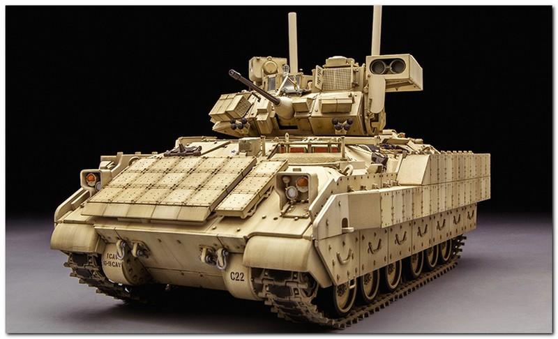"""NI раскрыл, почему США не в силах создать танк по типу российской """"Арматы"""""""