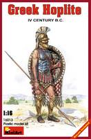 Греческий гоплит IV век до н.э. 16013 MiniArt 1:16