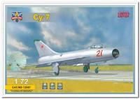 Су-7 фронтовой истребитель. 72007 Modelsvit 1:72