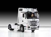 "Mercedes-Benz Actros ""White Liner"" магистральный тягач. 602424 Моделист  1:24"