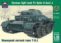 Немецкий лёгкий танк Т-II J. Масштаб 1/35