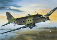 Ли-2 Военно-транспортный самолет. ЕЕ14430 ВЭ 1:144