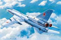 Ту-22 (Tu-22 Blinder) бомбардировщик - 01695 Trumpeter 1:72