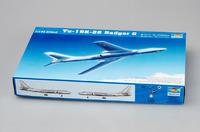 Ту-16К-26 (Badger G) бомбардировщик - 03907 Trumpeter 1:144