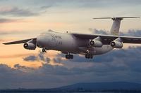 C-141B Starlifter стратегический военно-транспортный самолёт. 325 Roden 1:144