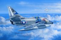 A4E Sky Hawk палубный штурмовик - 81764 HobbyBoss 1:48