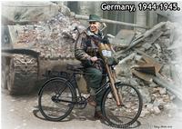 Фольксштурм - Охотник за танками - MB35179 Master Box 1:35