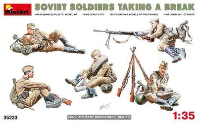 Советские солдаты на отдыхе - 35233 MiniArt 1:35