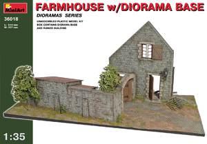 Сельский дом с основанием - 36018 MiniArt 1:35